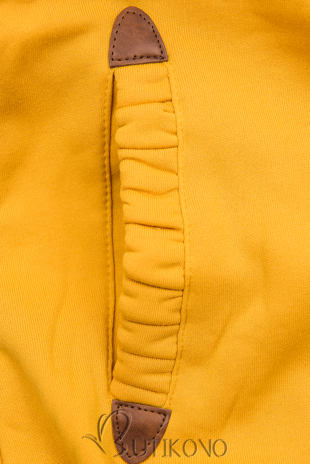 Žlutá mikina s květinovou podšívkou