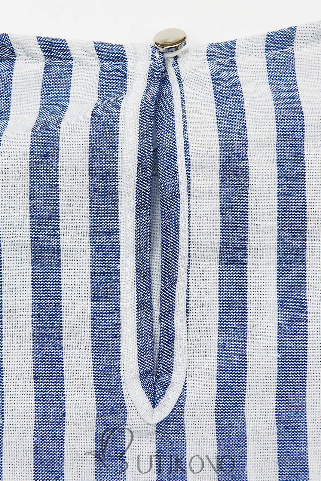 Bílo-modré pruhované šaty s volány