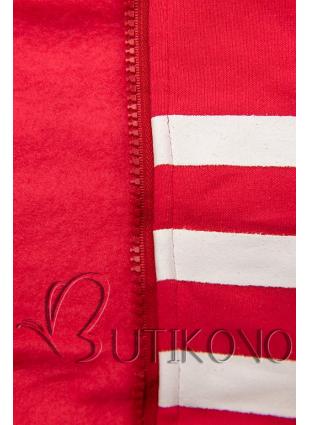 Červená tepláková souprava s kontrastní kapucí