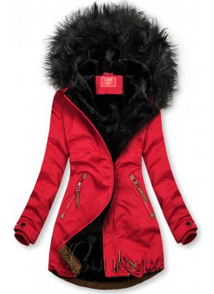 Červeno-černá zimní parka