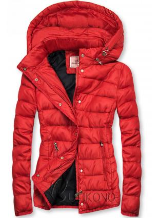 Červená prošívaná bunda na přechodné období