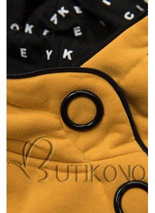 Žlutá tepláková souprava se vzorovanou kapucí