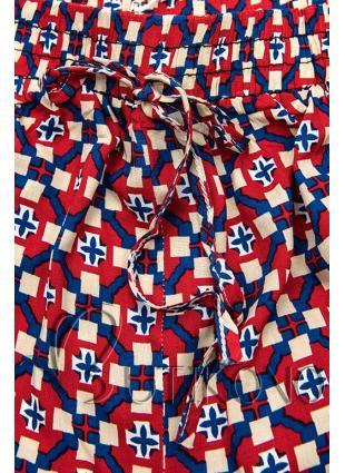 Červeno-modré šortky s potiskem