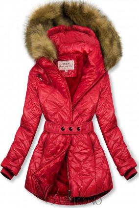 Červená lesklá zimní bunda s páskem