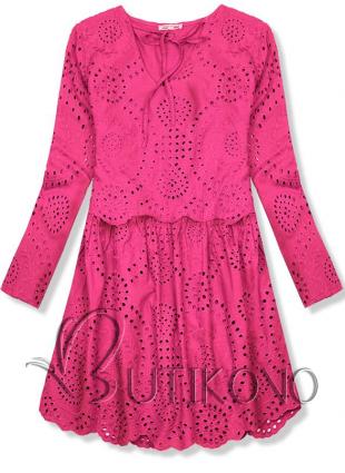 Růžové šaty z děrovaného materiálu