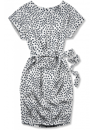 Bílé tečkované šaty s taškou v pase