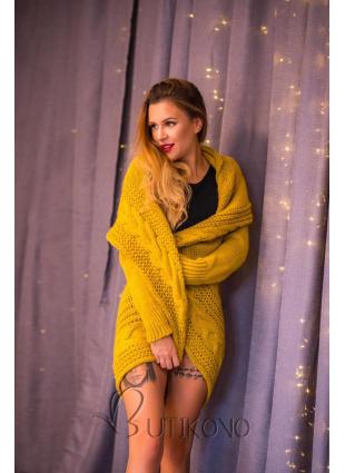 Žlutý pletený svetr